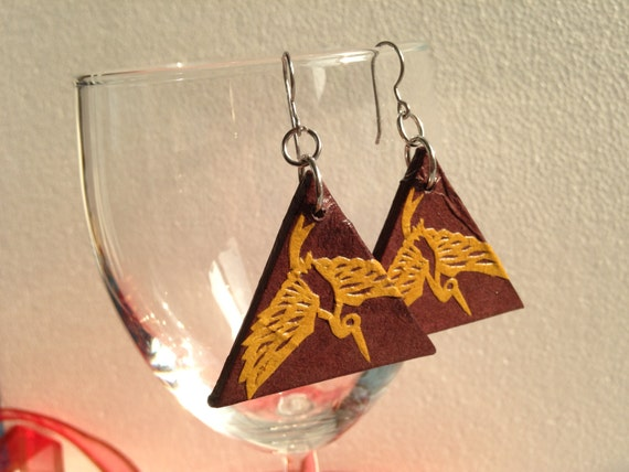 Handmade Hanji Paper Dangle Earrings Triangle Heron Design Brown Bronze Hypoallergenic hooks Lightweight Ear rings