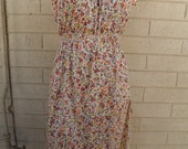 1980s Flower Print Peasant Style Spring Dress with Angel Wing Sleeves By Verona Made in USA Size Large Lavender Peach