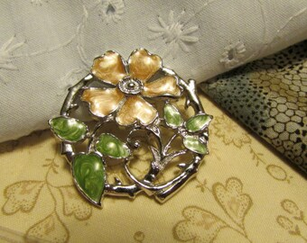 Pin, Dogwood Blossom, Round Silver with Enameled Flower and Petals, Peach & Green ~ BreezyTownship.etsy.com BP003