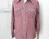 Western Dark Red and White Gingham Check Vintage Shirt Men Medium Tall