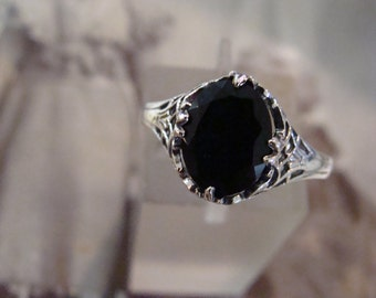 Lovely Sterling Silver Art Deco Black Onyx Ring  Size 6.75