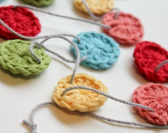 Crochet rainbow bunting, circle bunting, mini bunting, party decor, garden party, children's party, nursery decoration