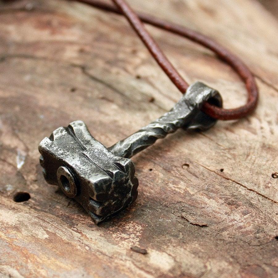 forged iron handmade heavy thor hammer vikings hunting