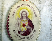Fabric Detente -The Sacred Heart of Jesus is With Me - Colorful Irish Catholic Pendant