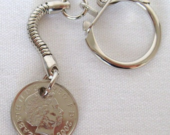 2009 British Five Pence Coin Keyring Key Chain Fob Queen Elizabeth II