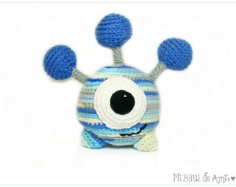 Crochet One Eye Alien Stuffed Toy - MADE TO ORDER