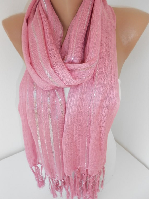Nov 02, · Edit Article How to Crochet a Pink Ribbon Scarf. Three Parts: Starting the Scarf Doing the Keyhole and Body Finishing the Scarf Community Q&A October is also known as Breast Cancer Awareness month, where people show support for those going through beast cancer, and Views: K.