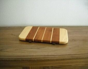 Cutting Board with Feet