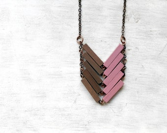 Wood Geometric Necklace // EUROPE // Minimal Jewelry // Pink // Beige / Pastel / Hand-Painted Necklace / Modern Necklaces / Chevron Necklace