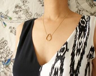 Teardrop pendant necklace, woven chain teardrop necklace, Geometric jewelry gift, pendant necklace