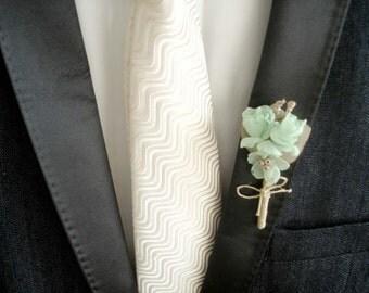 Mint Wedding Boutonniere, Rustic Groom Buttonhole, Peach Mint Silk Flower  Boutonnieres, Groomsmen Boutineers, Burlap Wedding Button Hole