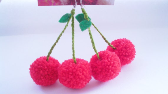 Red Cherry Bomb pompon fil en boucles d