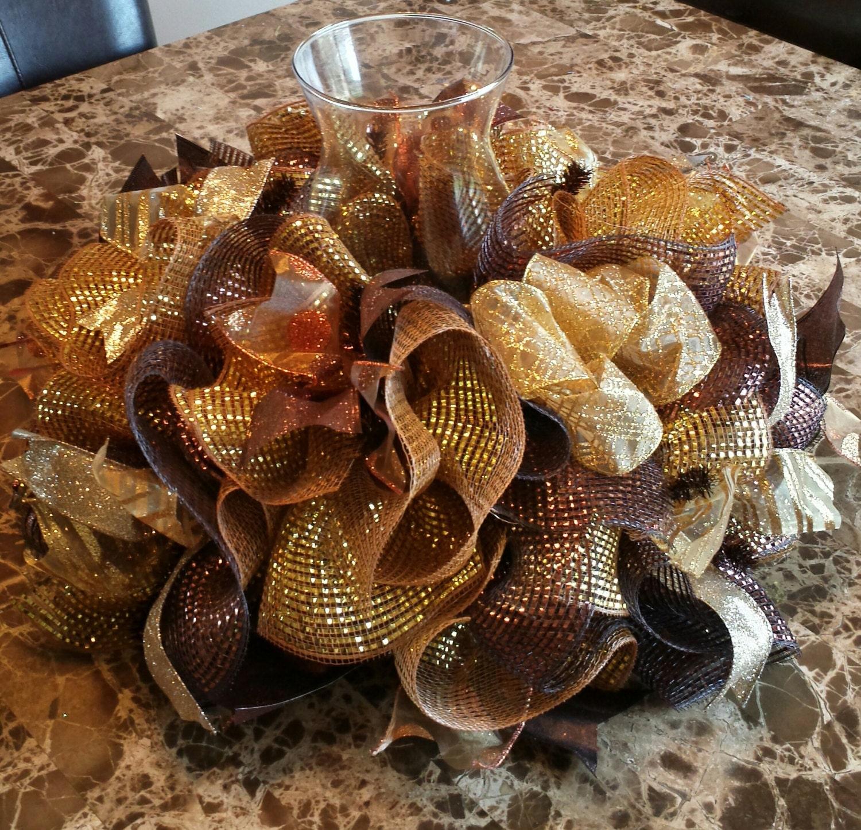 Centerpiece brown gold deco mesh