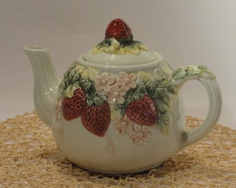 pottery vintage teapot