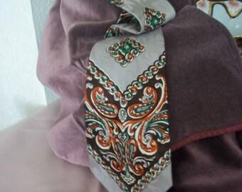 Wilson Brothers 'Persian Legends' Vintage Neck Tie