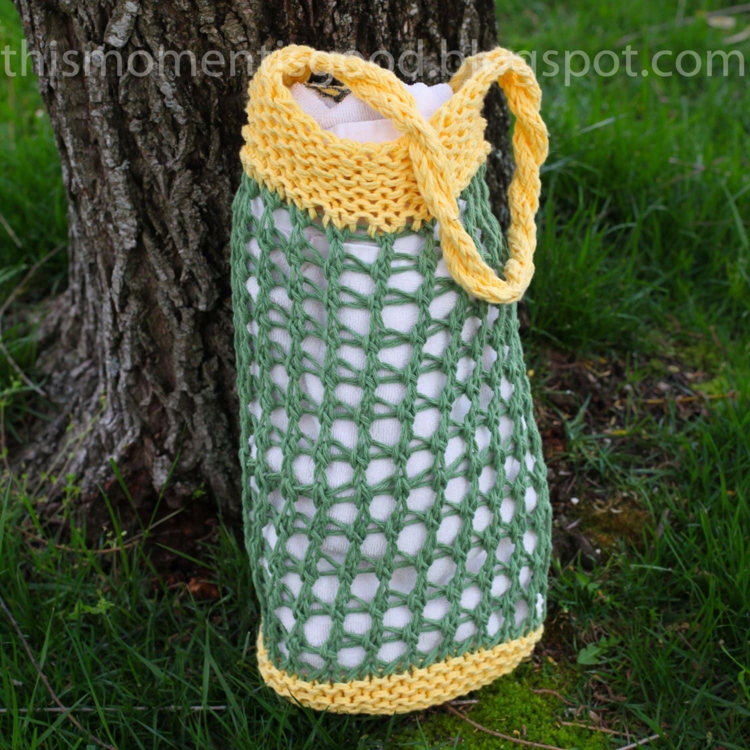 Loom Knit Market Bag Pattern. This versatile bag can be used