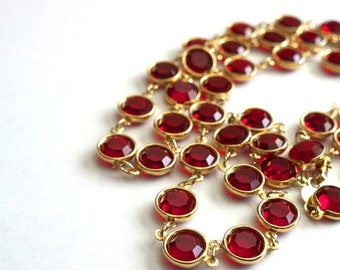 Vintage Long Sparkly SIGNED ~ *AUSTRIAN CRYSTAL* ~ Bright Red Bezel Set Glass ~ Linked Crystal Necklace !