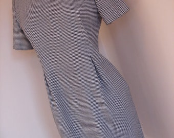Sale price ! Vintage Mad Men Style Black and white checkered houndstooth dress
