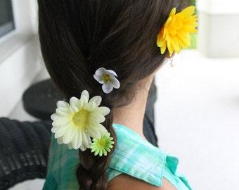 Meadow of Daisies- Flower Braid Hair Extension