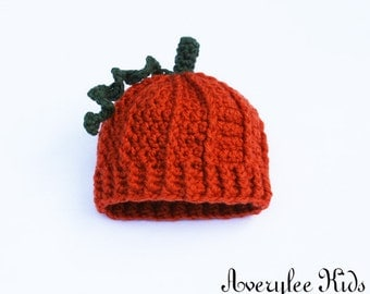 Baby's Crochet Pumpkin Hat, Orange Pumpkin Hat, Infants and Toddlers, Preemie Hat, Photo Prop, Baby Shower Gift, New Baby Git