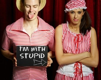 I'M WITH STUPID - Printed Chalk Board Photo Booth Prop Sign 28cm  013-123