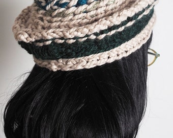 DEVON Beige and green crochet tam, Dark green hat, Knit beret, Fashion knit hat, Teen girl hat, Ready to Ship, Spring fashion, Winter hat