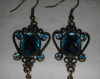 Vintage Inspired Regal Earrings in Aqua E 112