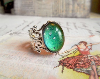 Mood Ring Shiny Silver Filigree Adjustable Band Vintage Stone