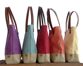 Red Market Tote Bag, Linen Tote, Resort Tote,  Beach Bag, Linen Burlap Bag, Cruise Bag, Resort Bag, Burlap Bag