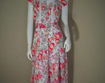Vintage Fruit Novelty Print 40s Style 70s Smocked Rayon Dress S 36
