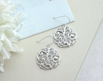 Silver Paisley Filigree Chandelier Drops Earrings, Bridesmaid Gift, Silver Boho Wedding. For Wife, Sis.Friends. Wife, Mother. Best Friends.