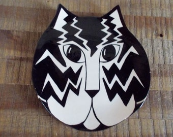 Vintage Black and White Cat Face Art Pottery Plate
