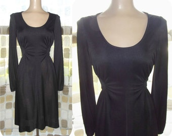 Vintage 70s Dress   1960s 1970s Little Black Dress   Sunburst Ruching   Long Sleeve   Short & MOD   By Rona