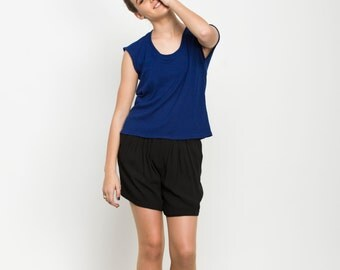 Blue basic top, scoop neck t shirt, summer t shirt, loose fit shirt, casual t shirt, summer top, short sleeves, sale, day wear, short blose