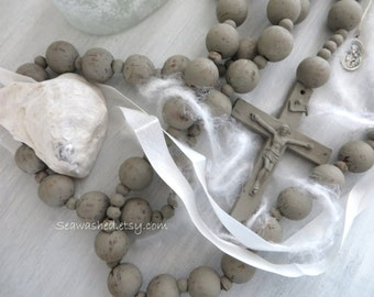 ROSARY GREY WASHED Large 68 inches Hand-painted Jeanne d Arc Living Style French Nordic Country Living Religious Catholic