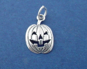 Jack O Lantern Charm, Halloween Pumpkin .925 Sterling Silver Pendant - lp2325