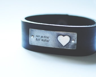 custom coordinates : sterling silver plate w/heart shape & hand stamped latitude and longitude (custom order ) - bracelet