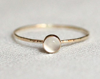 Delicate Natural White Moonstone Cabochon Stacking Ring in Solid 14k Gold - Bezel Setting and Hammered Band - Simple Tiny Dainty Thread
