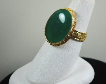 Vintage 1960s Green Ring
