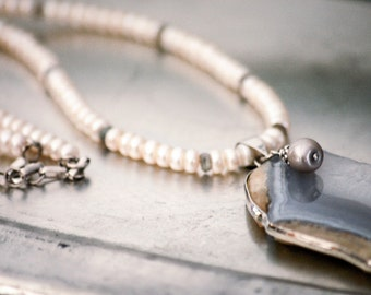 Genuine Pearl Necklace with Chalcedony Slice Pendant Labradorite Spacers Sterling Silver Raw Stone Modern Boho