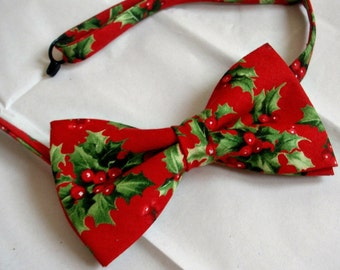 Christmas bowtie holly and berry / fig christmas bowtie festive bowtie pretied chtistmas bowtie party gift