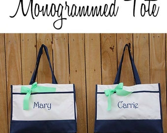 Monogrammed Tote Bag (set of 3)- Bridesmaid Gift- Personalized Bridemaid Tote - Wedding Party Gift - Name Tote-