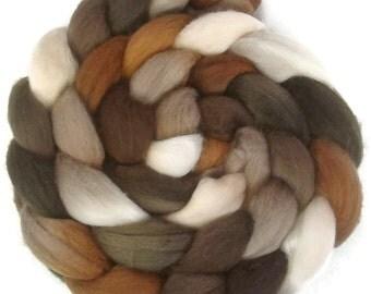 Handpainted Superfine Merino Wool Roving - 4 oz. CAPPUCCINO - Spinning Fiber