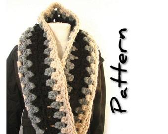Super chunky infinity scarf pattern, crochet digital pdf, circle scarf, easy super bulky twist scarf loop scarf, diy craft, UK & US notation
