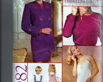 Vogue Pattern and Embellishment Collection Pattern 982