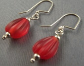 Red  Glass Dangle Earrings 4