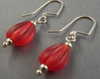 Red  Glass Dangle Earrings 4