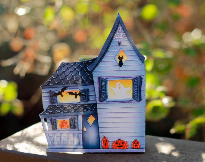 "HALLOWEEN CANDY BOX ""Haunted House"" Decoration"