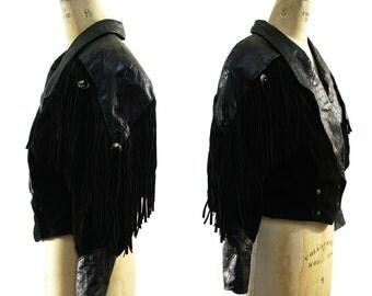 80s Fringed Leather Motorcycle Jacket / Vintage Cropped Black Bohemian Rocker Jacket with Fringe & Western Conchos