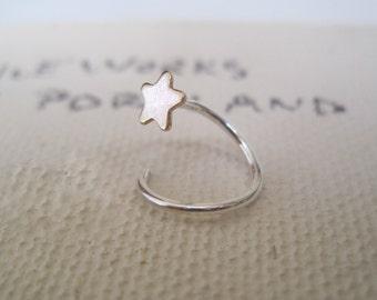 ONE  star stud and hoop earring